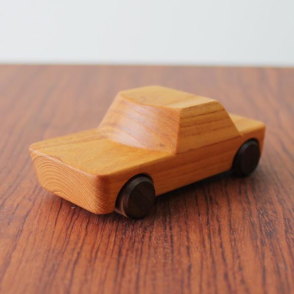 rewood-vehicle-hako